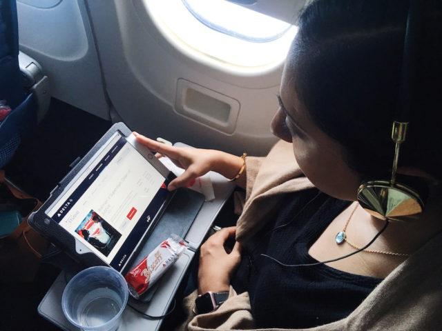 best-way-watch-movies-in-flight-delta