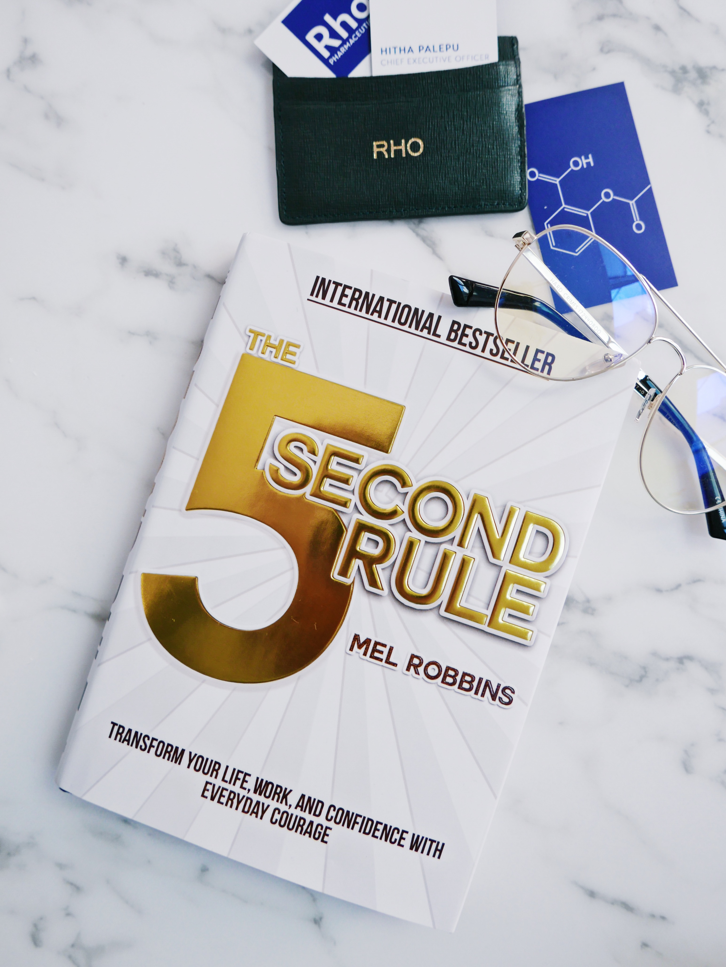 Book Review The 5 Second Rule By Mel Robbins